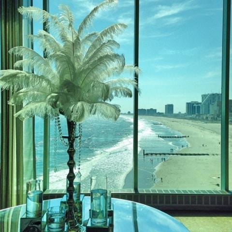 Feather centerpieces Gatsby look 3 - Atlantic Room