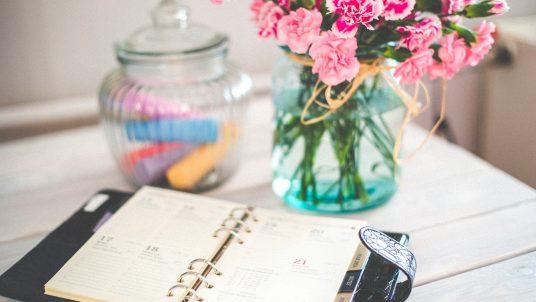 organizer 791939 1920 536x302 - Why You Need a Wedding Planner